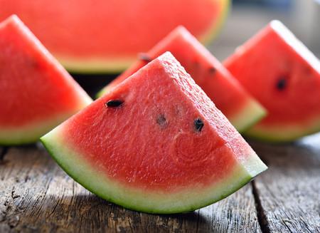 Sandía, una refrescante y deliciosa fruta veraniega que no puede faltar en nuestra dieta